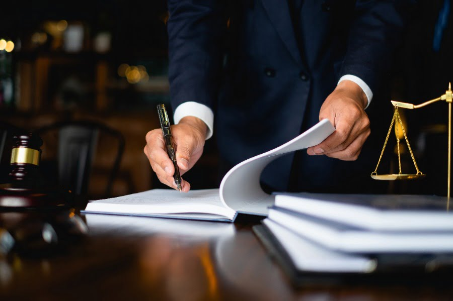 Tips for Choosing an Attorney